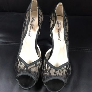 LuLu Townsend, Lace High Heels, Open Toe, size 8